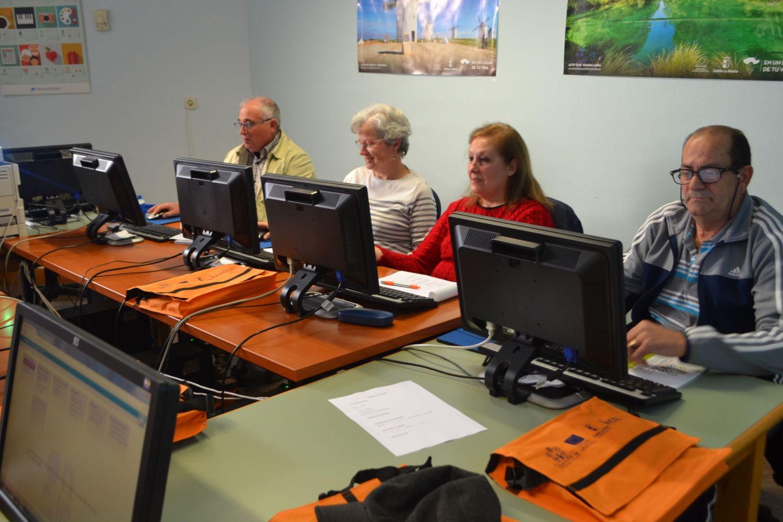 Alumnos del curso de CapacitaTIC+55 celebrado en Albacete.